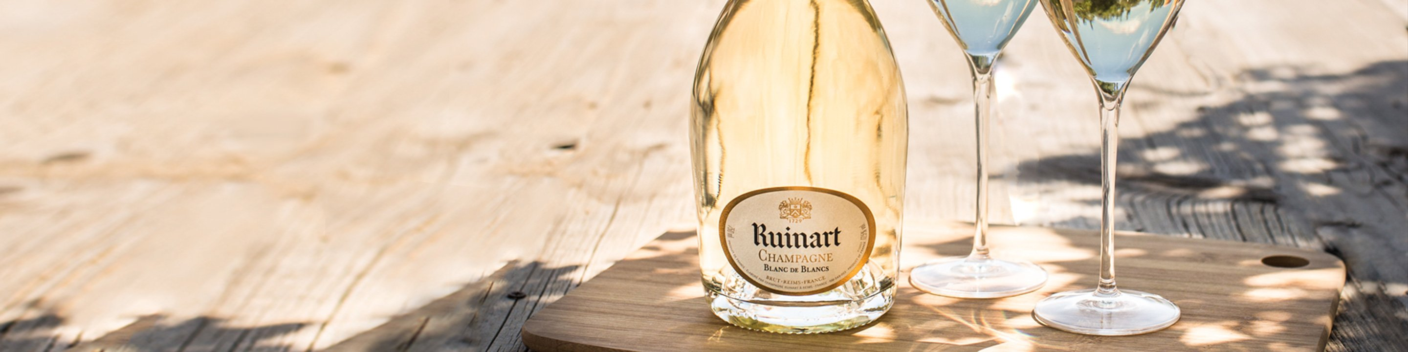 With its subtle refinement, Chardonnay is a grape variety that forms part of all Ruinart cuvees. This process has led to only twenty-three vintages being produced since the first Dom Ruinart Blanc de Blancs vintage appeared in 1959.